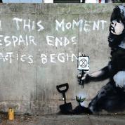 EN IMAGES - Un graffiti pour la planète attribué à Banksy