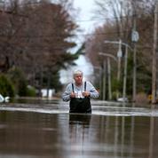 Inondations au Canada : une digue cède, des milliers d'évacués