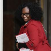 Prix du carburant : le gouvernement ne prévoit pas de mesure d'urgence (Sibeth Nidaye)