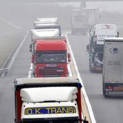 Le gouvernement travaille sur une vignette pour les poids lourds en transit