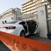 Séoul: un véhicule contenant des cartouches de gaz percute l'ambassade américaine
