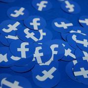Haine en ligne: Facebook fournira les adresses IP à la justice française
