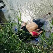Les corps d'un migrant et de sa fille noyés rapatriés au Salvador