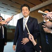 Japon: le parti de Shinzo Abe remporte largement les sénatoriales