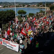 Les «anti G7» manifestent à Hendaye