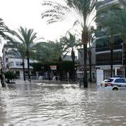 Inondations en Espagne : six morts, le premier ministre se rend sur place