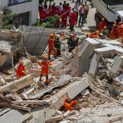 Brésil: cinq corps retrouvés après l'effondrement d'un immeuble