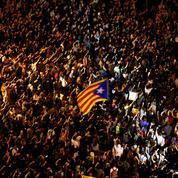 Nouvelle nuit de tensions et de barricades à Barcelone