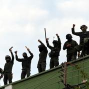 Bolivie: des policiers se mutinent, Morales dénonce un «coup d'Etat»