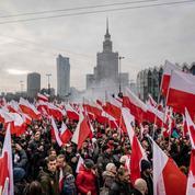 EN IMAGES - Pologne: grande Marche de l'indépendance organisée par l'extrême droite