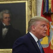 Trump gracie deux officiers de l'armée américaine accusés de crimes de guerre