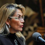 Bolivie: la présidente par intérim promulgue la loi organisant de nouvelles élections