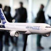 Un avion Airbus perd une pièce d'un mètre en plein vol, un particulier la retrouve dans son jardin
