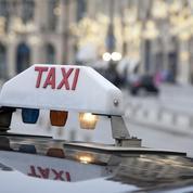 Taxis: opération escargot des chauffeurs locataires parisiens