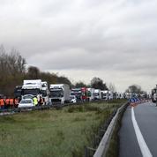 Carburants : les transporteurs routiers se mobilisent contre la hausse des taxes