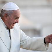 Le pape François lève le secret pontifical sur les agressions sexuelles