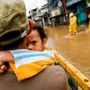 Inondations meurtrières en Indonésie, les images du désastre