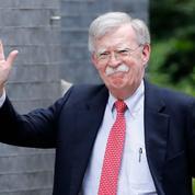 «Impeachment» de Donald Trump: Bolton prêt à témoigner au procès