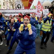 Réforme des retraites : des militantes féministes à l'avant du cortège parisien
