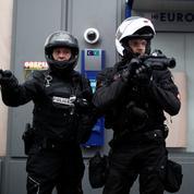L'usage de la force par la police doit être «proportionné et maîtrisé», rappelle Castaner