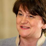 Irlande du Nord : l'unioniste Arlene Foster désignée première ministre