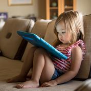 Les écrans tôt le matin favoriseraient les troubles du langage chez l'enfant