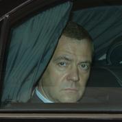 Dmitri Medvedev, un premier ministre resté dans l'ombre de Vladimir Poutine
