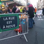 Des militants écologistes bloquent «l'école la plus polluée de Paris»