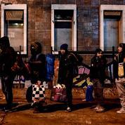 La police évacue le dernier campement de migrants du nord-est de Paris