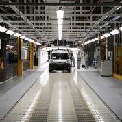 Renault n'exclut pas des fermetures d'usines