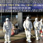 Coronavirus : mort de deux croisiéristes au Japon, recul des nouveaux cas en Chine