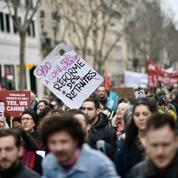 «Ça va repartir à la rentrée» : à Paris, les opposants à la réforme des retraites y croient encore