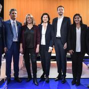 Municipales à Paris : ciblée lors du premier débat, Hidalgo se défausse sur l'exécutif