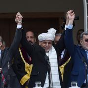 Le président afghan va libérer des taliban mais la crise politique perdure à Kaboul