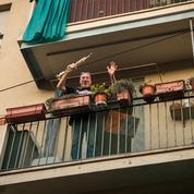 Les balcons de la résistance préparent-ils la société de l'après coronavirus ?