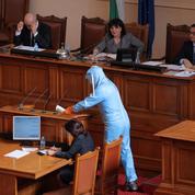 Bulgarie : les députés et les ministres offrent leur salaire à la santé publique