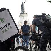 La grande distribution s'allie avec Deliveroo et Uber Eats pour livrer les courses