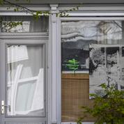 Les Berlinois transforment leur balcon en galerie d'exposition le temps du confinement