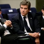 Valls, Hamon, Montebourg... Les anciens ministres de Hollande s'invitent dans la crise