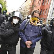 Manifestation contre le confinement à Berlin