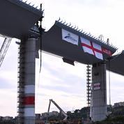 Gênes pose le dernier tronçon de son nouveau pont