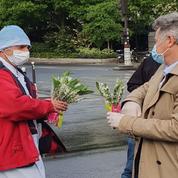 1er Mai : le patron du PCF offre du muguet au personnel de la Pitié-Salpêtrière