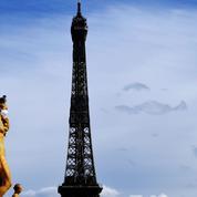Les tours Eiffel et Montparnasse scintilleront samedi à 20h en l'honneur des médecins