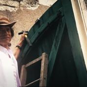 Mick Jagger jardine et bricole avec satisfaction pendant le confinement