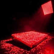 L'artiste chinois Li Hui, pionnier dans l'utilisation des lasers, est mort à 43 ans