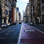 À New York , les théâtres de Broadway resteront fermés jusqu'à début septembre au moins