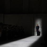 Fashion Weeks, soldes, croisière : les créateurs s'engagent pour réformer le système de la mode