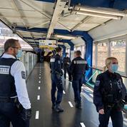 «98% des gens portent un masque»: dans le métro parisien, la RATP veille au respect des consignes