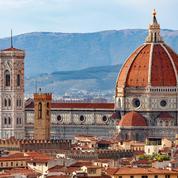 Le duomo de Florence va distribuer des colliers électronique de distanciation à ses visiteurs