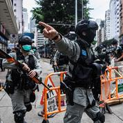 HongKong: des médias chinois fustigent le passage à tabac d'un avocat par des manifestants